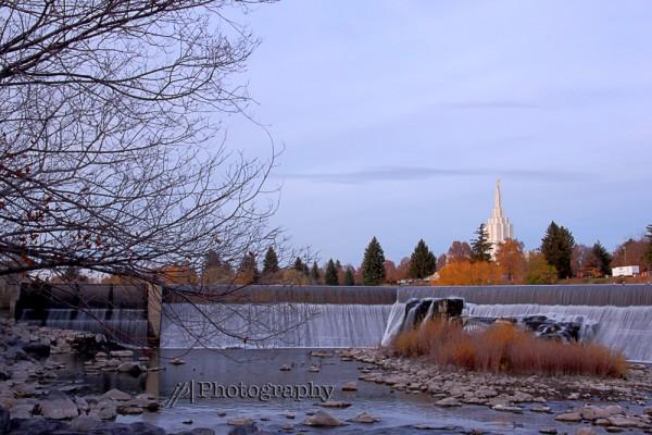 JuliePeterson-largegroup-Portraits-Rexburg-Southeast-Idaho_6920_1_2_tonemapped